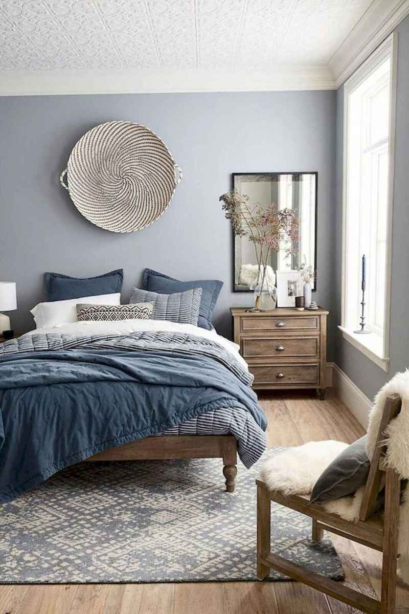 Farmhouse Bedroom Ideas: Old-Fashioned Carpets