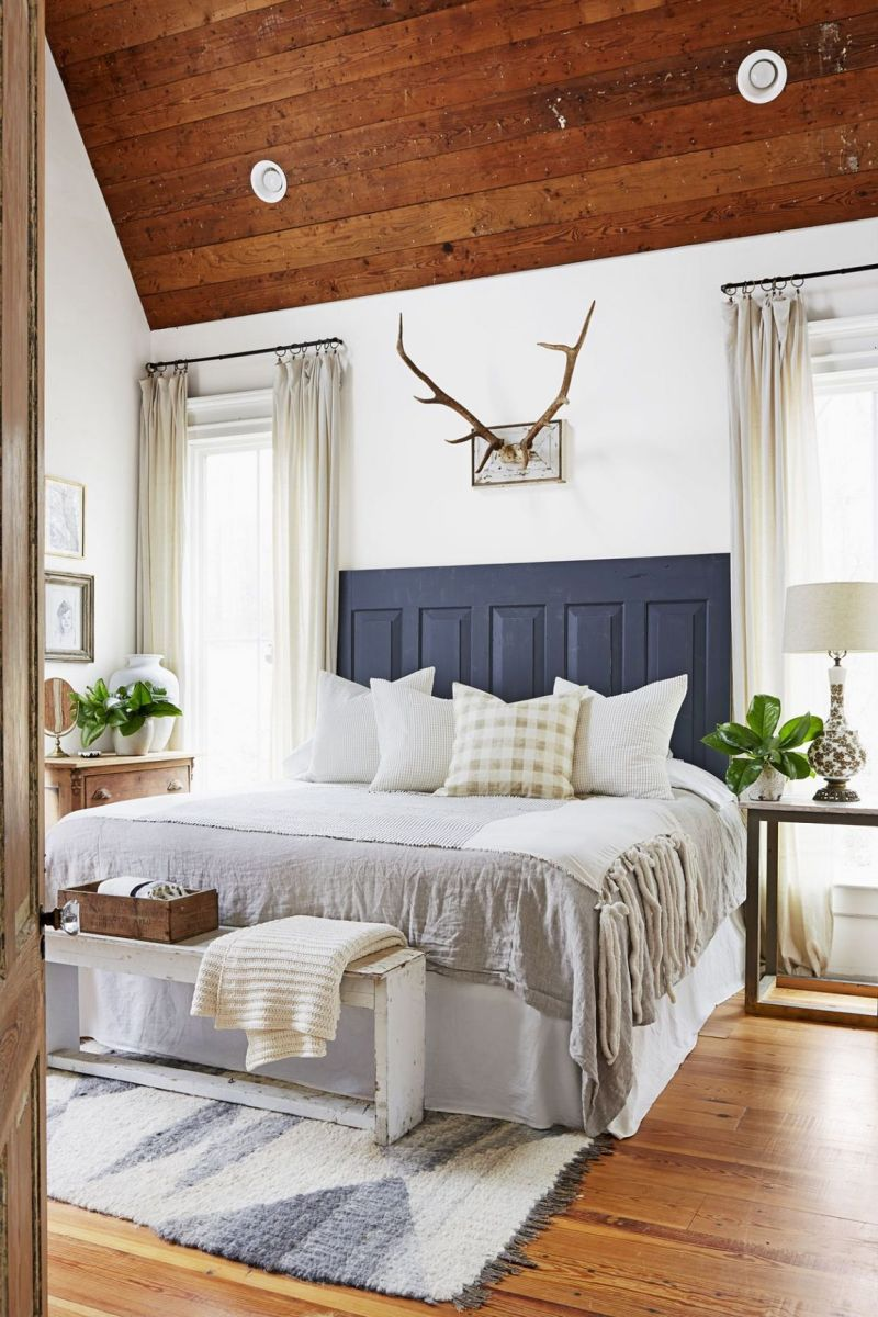 Farmhouse Bedroom Ideas: Accent Parts