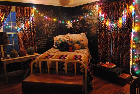 Bohemian Bedroom Ideas to Create Attractive Room Atmosphere 5