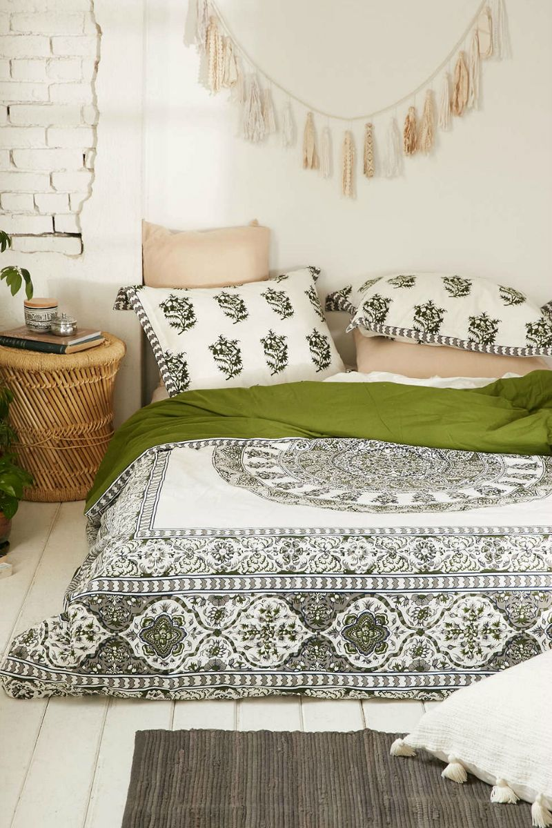 Bohemian Bedroom Ideas: Go Bohemian Chic