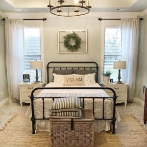 25+ Beautifully Cozy Farmhouse Bedroom Decor Ideas That You'll Love