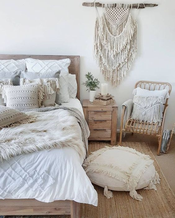 Bohemian Bedroom Ideas to Create Attractive Room Atmosphere
