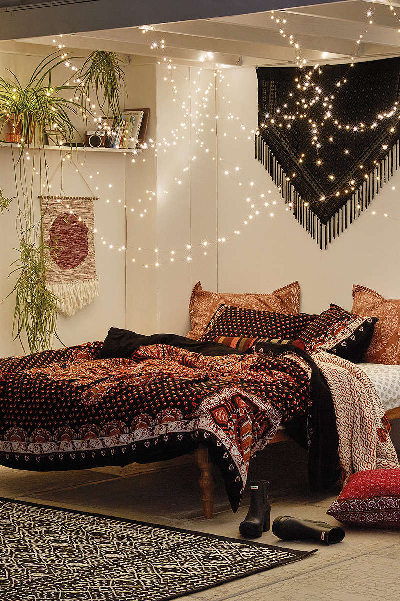 Bohemian Bedroom Ideas: Rustic Style