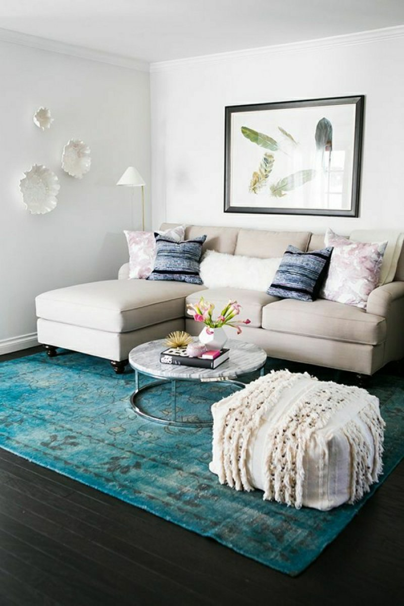 Small Living Room Ideas: Save What You Need