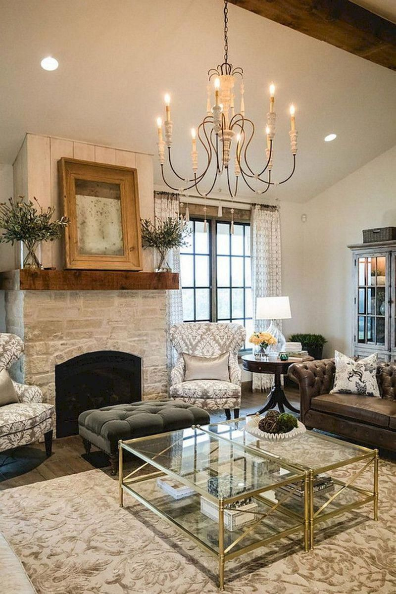 Farmhouse Living Room Ideas: Friendly Farmhouse Living Room