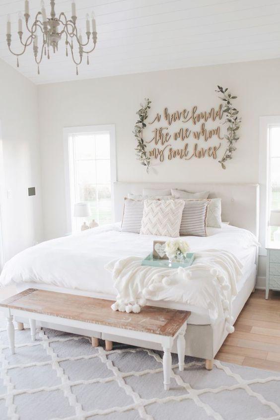 Farmhouse Bedroom Decor: Warmly Bright Decor