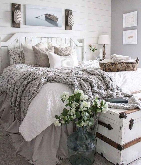 Farmhouse Bedroom Decor: Decorative Neutral Bedroom
