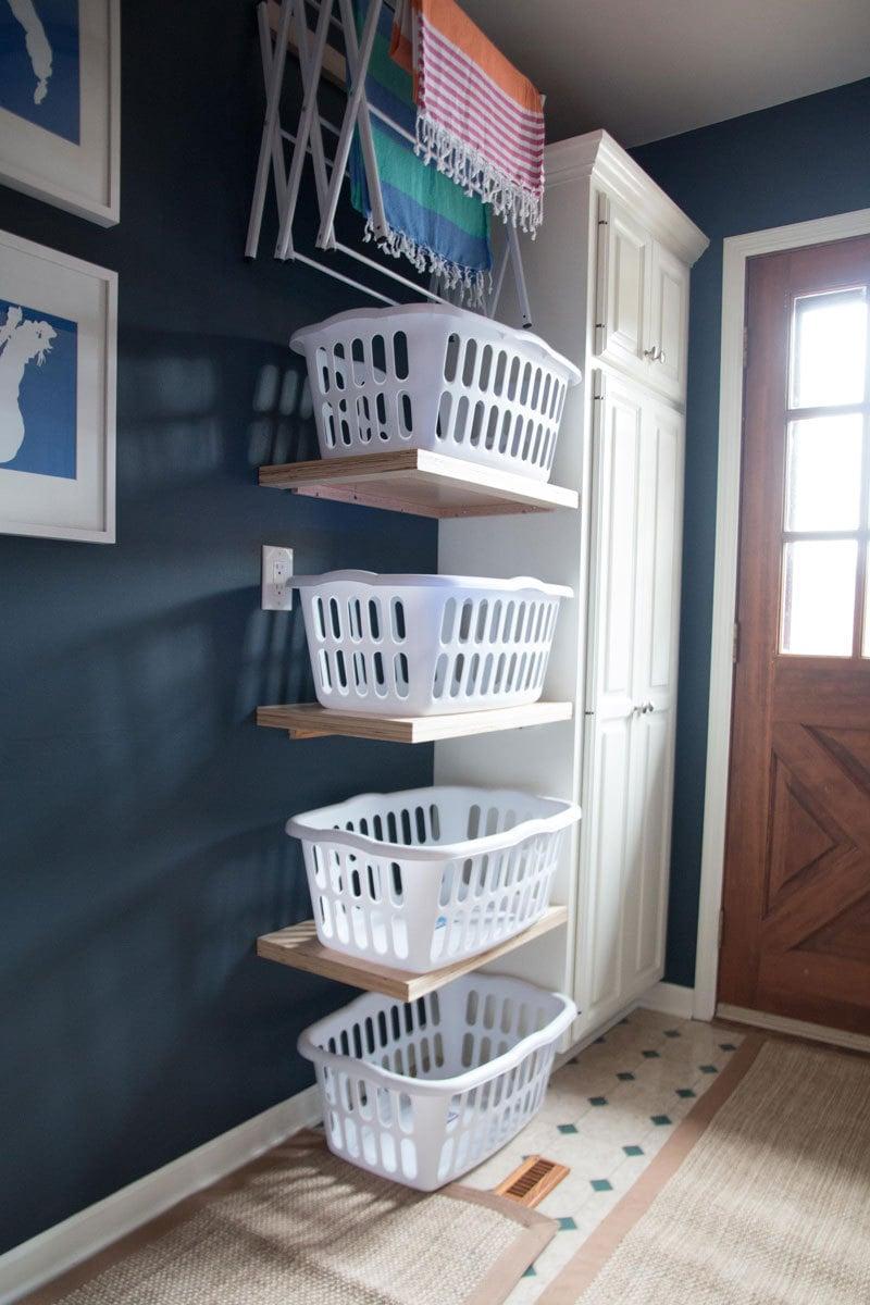 Bedroom Organization Ideas: Laundry inhibitors