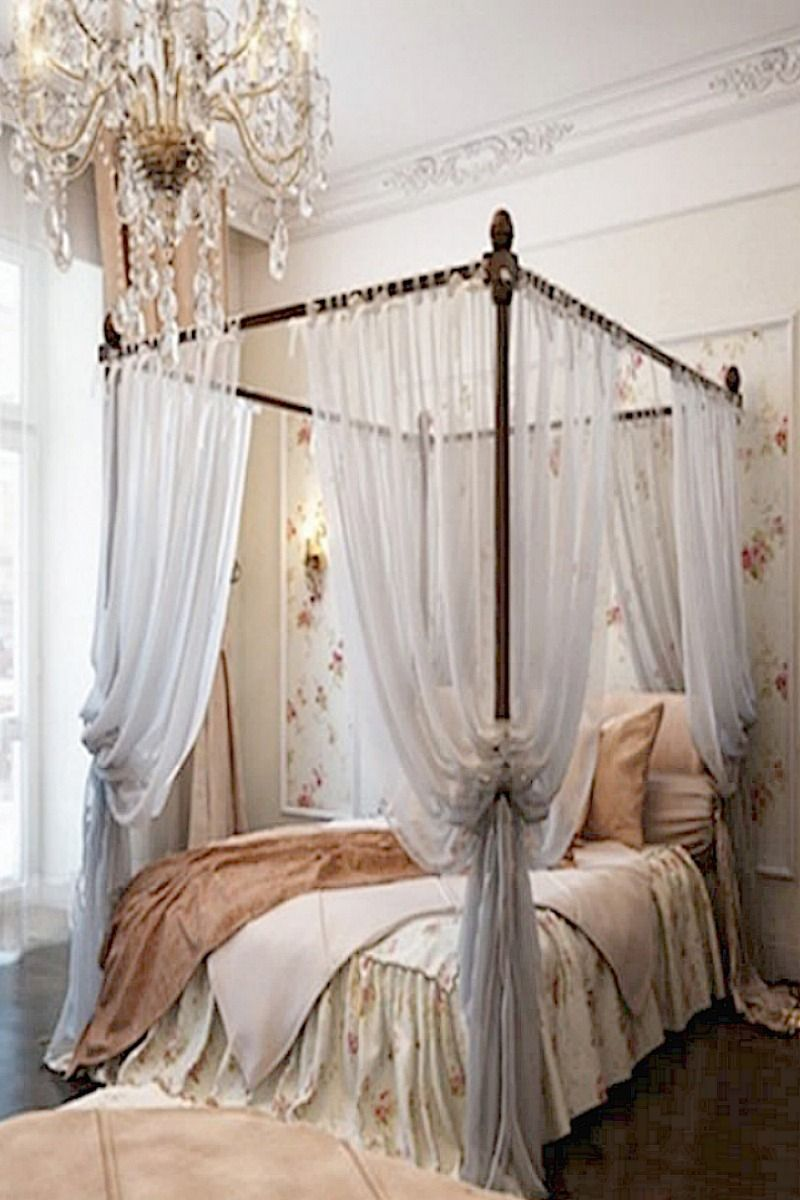 Rustic Bedroom Ideas: Natural textiles