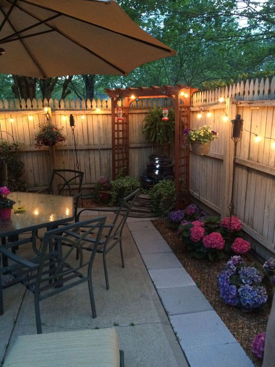 Backyard Lighting Ideas: Simple Decorative Lighting
