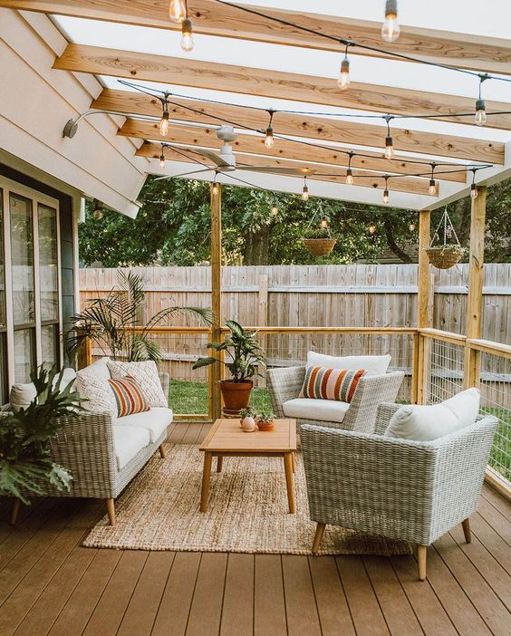 Backyard Lighting Ideas: Decorative String Light