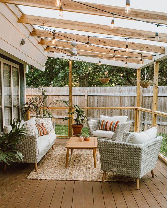 Backyard Lighting Ideas: Decorative String Light