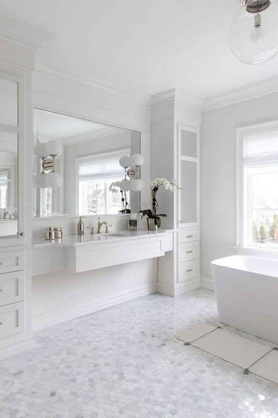 Bathroom Colors Ideas: Breathtaking All-White
