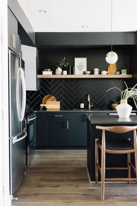 Black Kitchen Ideas: Catchy Rustic Kitchen