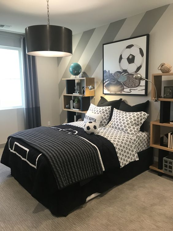 Boys Bedroom Ideas: Classic Black and White