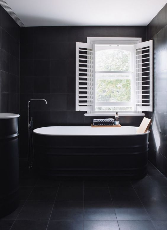 dark bathroom ideas 9
