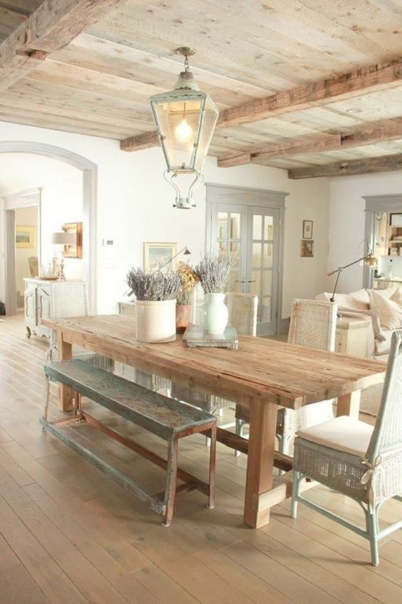 Farmhouse Dining Room Ideas: Soothing Vibe