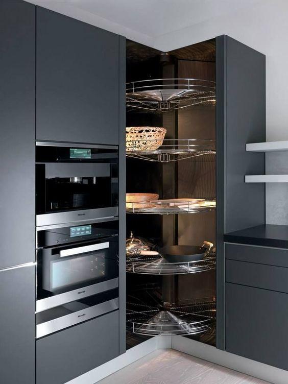 Kitchen Corner Ideas: A Modern Shelf