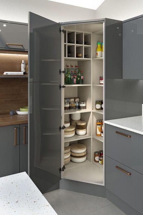 Kitchen Corner Ideas: A Useful Big Corner