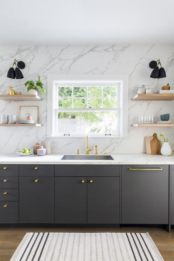 Kitchen Marble Ideas: Luxurious Marble Walls