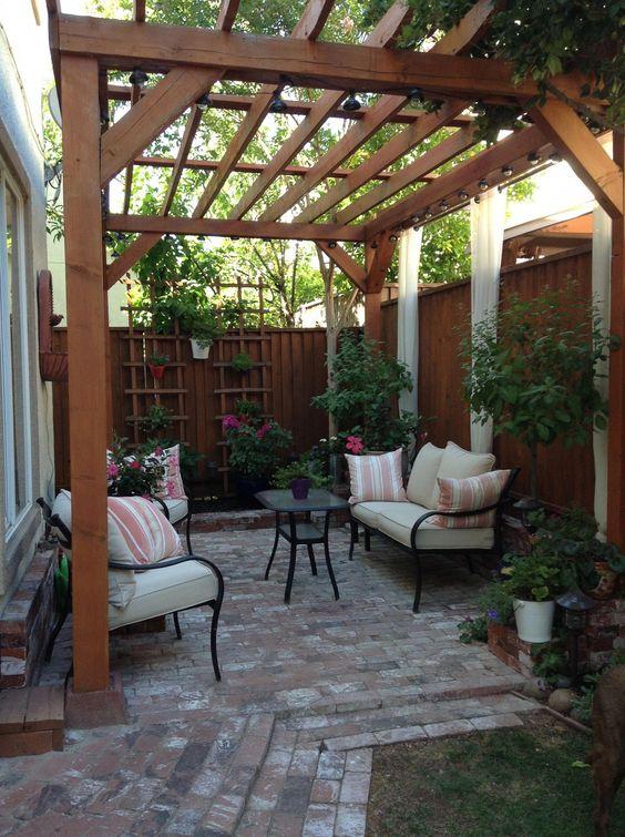 small backyard ideas 23