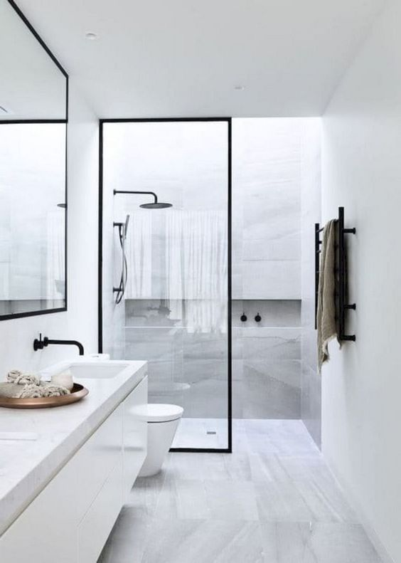Small Bathroom Ideas: Simple Monochromatic