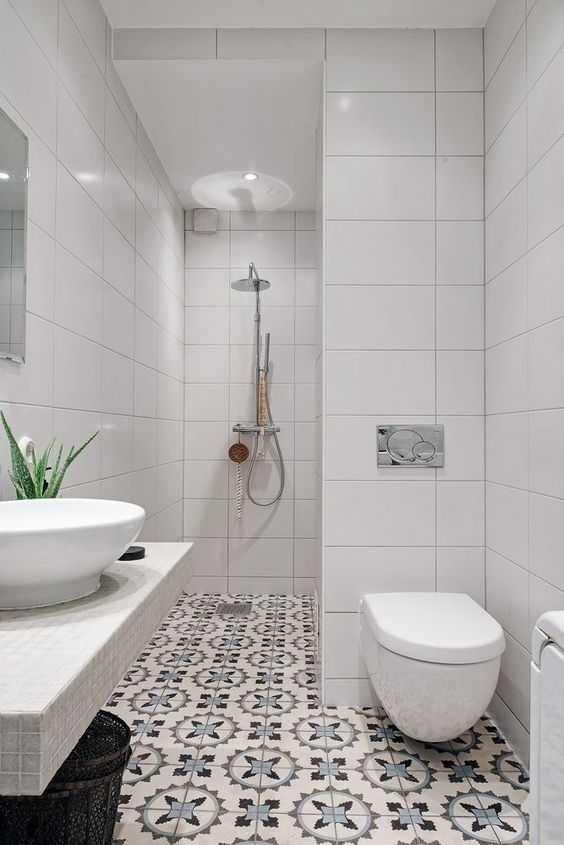 Small Bathroom Ideas: Storage Free