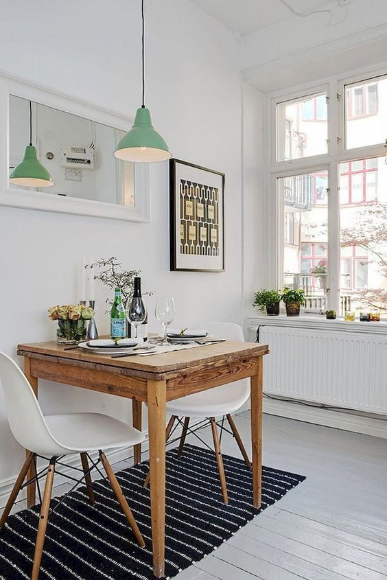 Small Dining Room Ideas: Keep It Simple