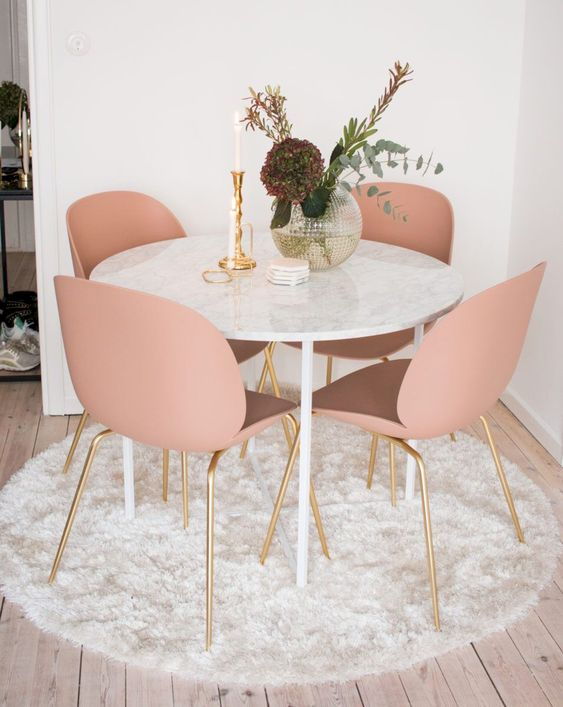 Small Dining Room Ideas: Make It Cute