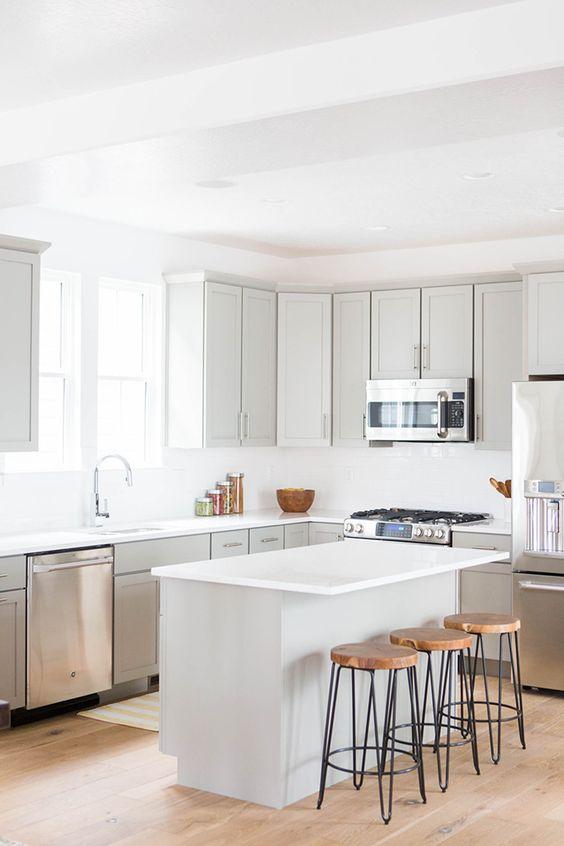 White Kitchen Ideas: Fresh Earthy