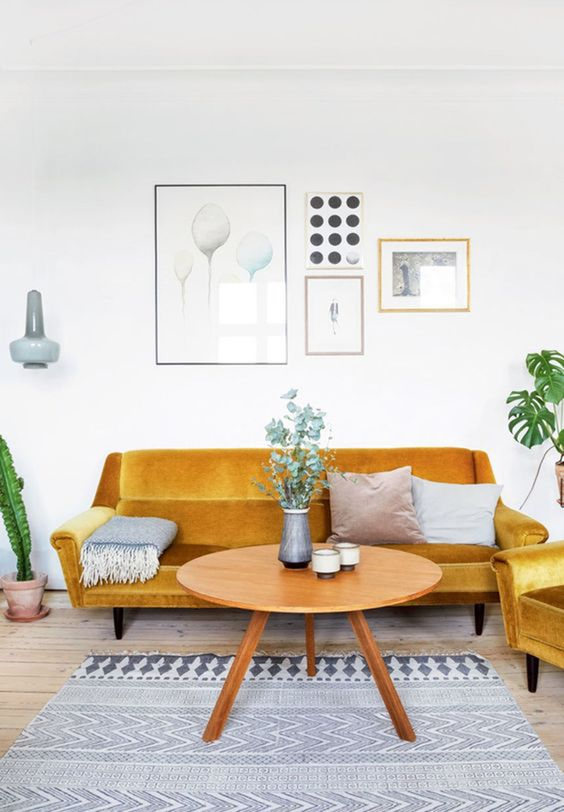 yellow living room 23