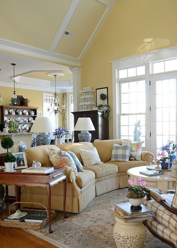 Living Room Yellow Ideas: Soft and Elegant Yellow