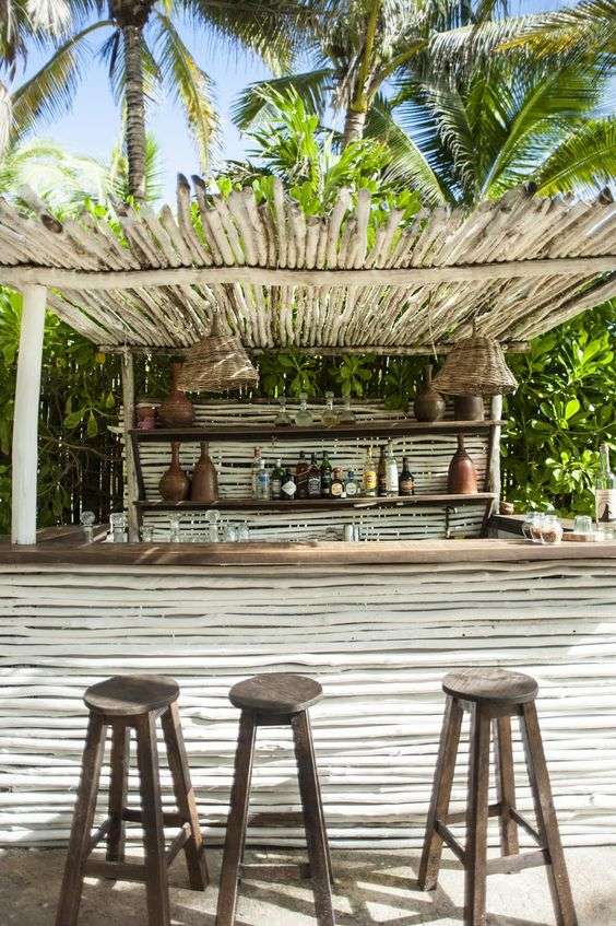 backyard bar ideas 23