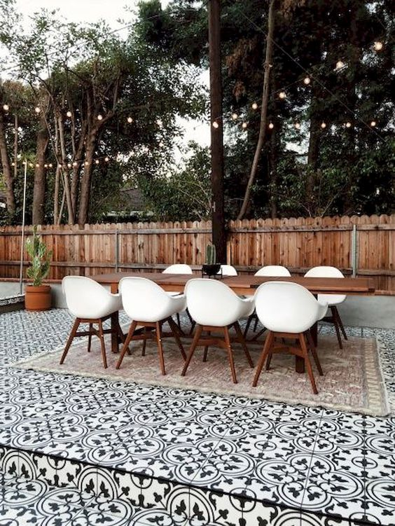 backyard dining ideas 17