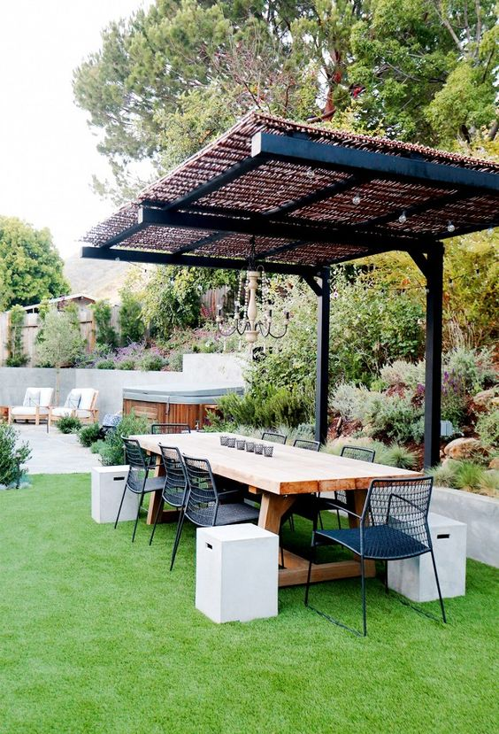 backyard dining ideas 20