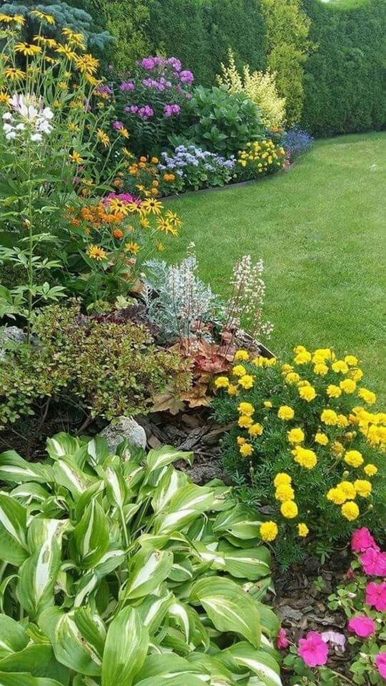 backyard flowers ideas 13