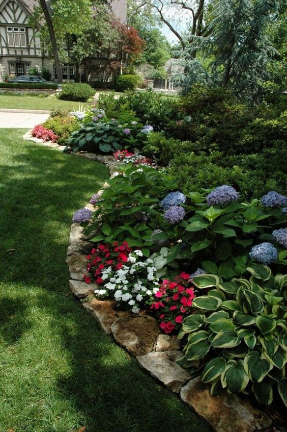 backyard flowers ideas 15
