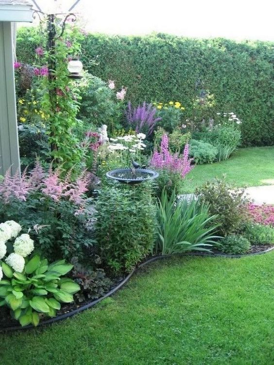 backyard flowers ideas 16
