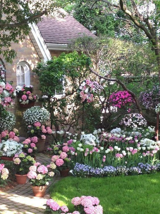 backyard flowers ideas 21
