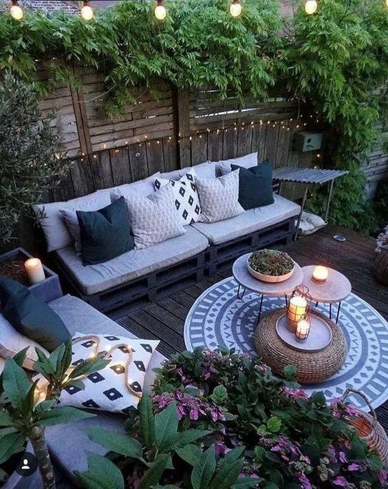 backyard furniture ideas 13