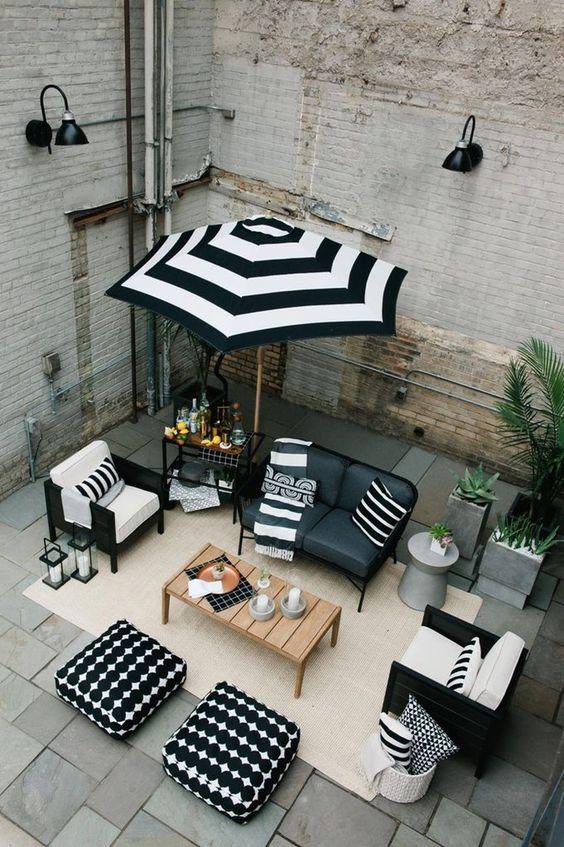 backyard furniture ideas 18