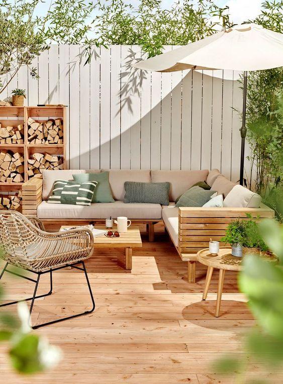 Backyard Furniture Ideas: Feeling Earthy