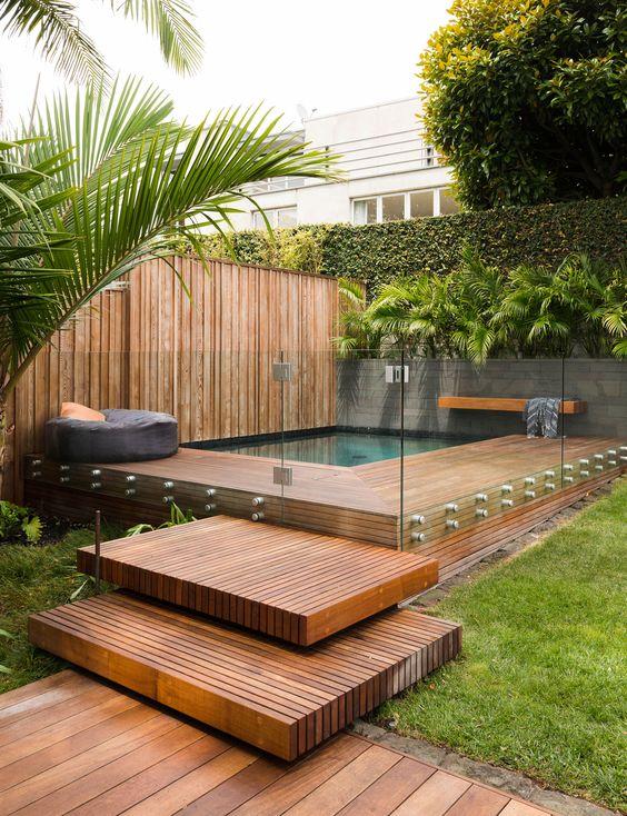 Hot Tub Ideas: Warm and Earthy Look