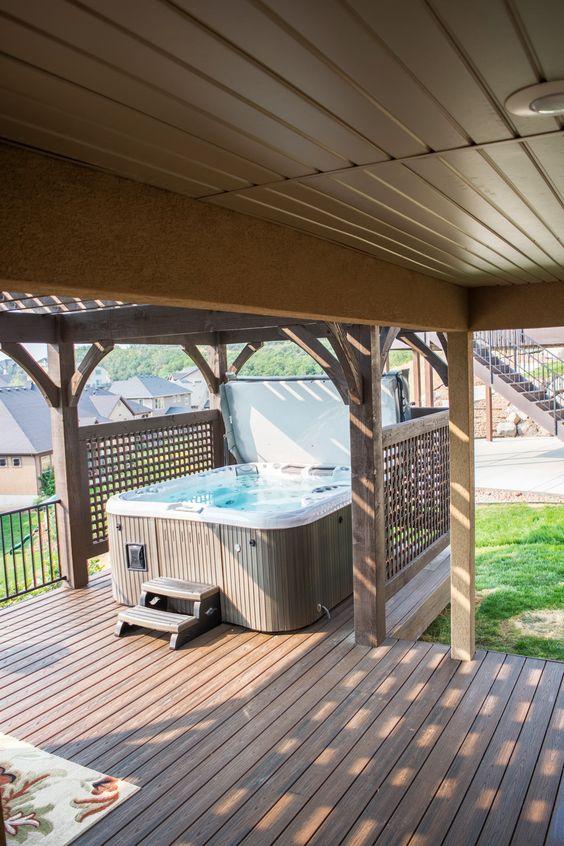 Hot Tub Ideas: Stunning Above-Ground