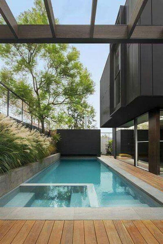 Hot Tub Pool: Simple Rectangular