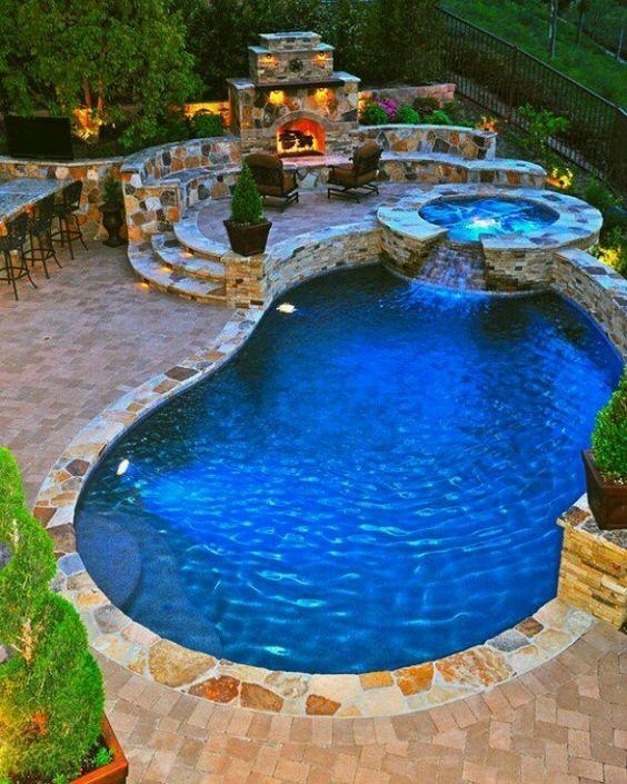 Hot Tub Pool: Astonishing View