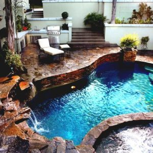 hot tub pool feature
