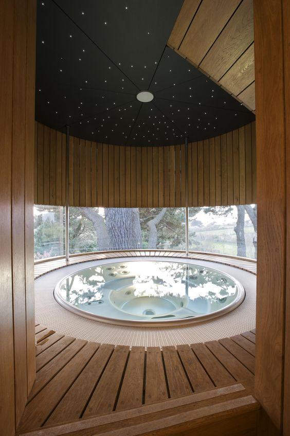 luxury hot tub 14
