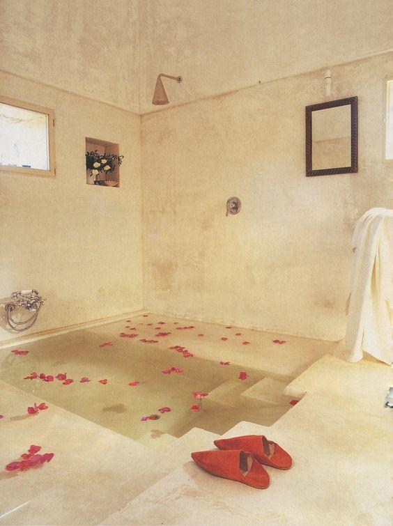 luxury hot tub 18