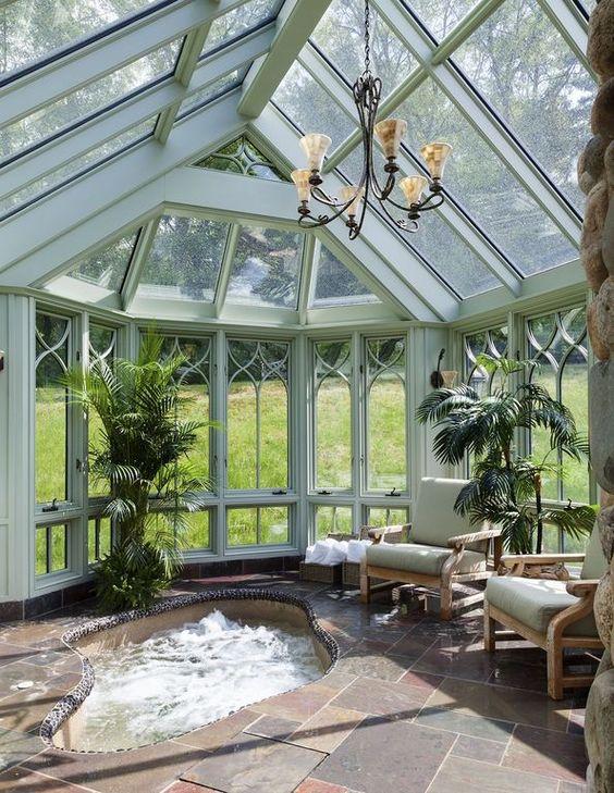 Luxury Hot Tub: Brightly Fresh Tub